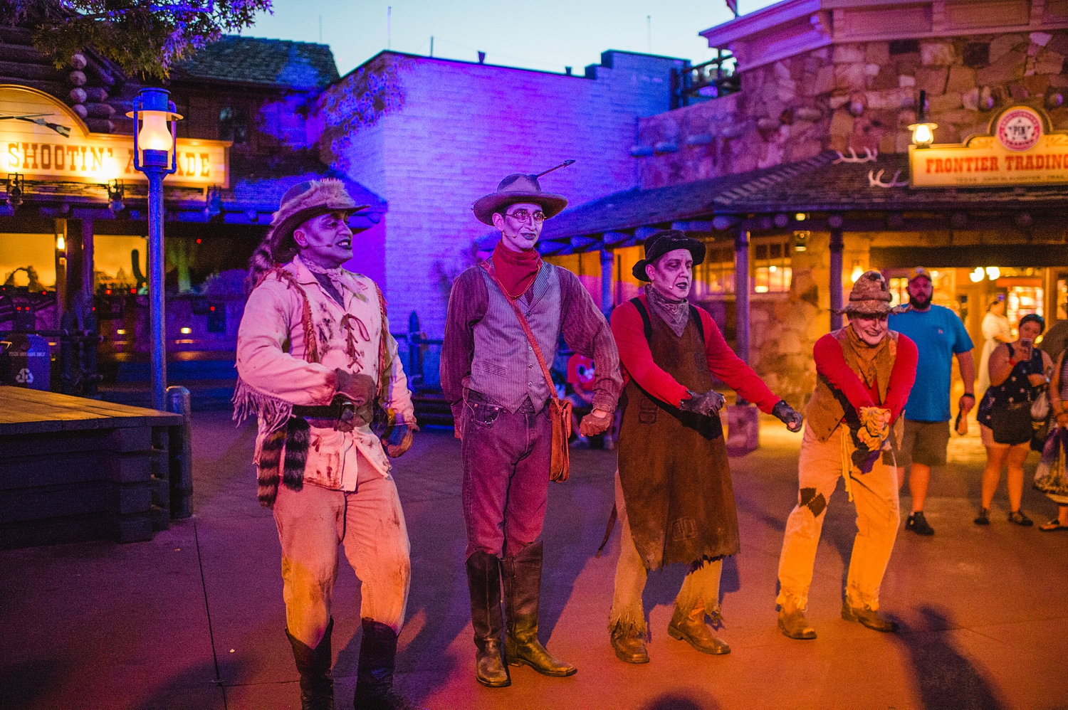 Phantom Manor, Frontierland zombies, Frontierland Mickey's Not So Scary Halloween Party